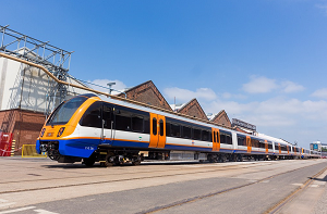 VINCI BOARDS WITH TRANSPORT FOR LONDON