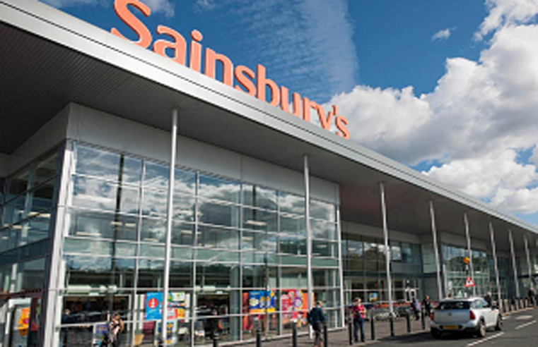 NIC GROUP EXTENDS SAINSBURY'S CONTRACT