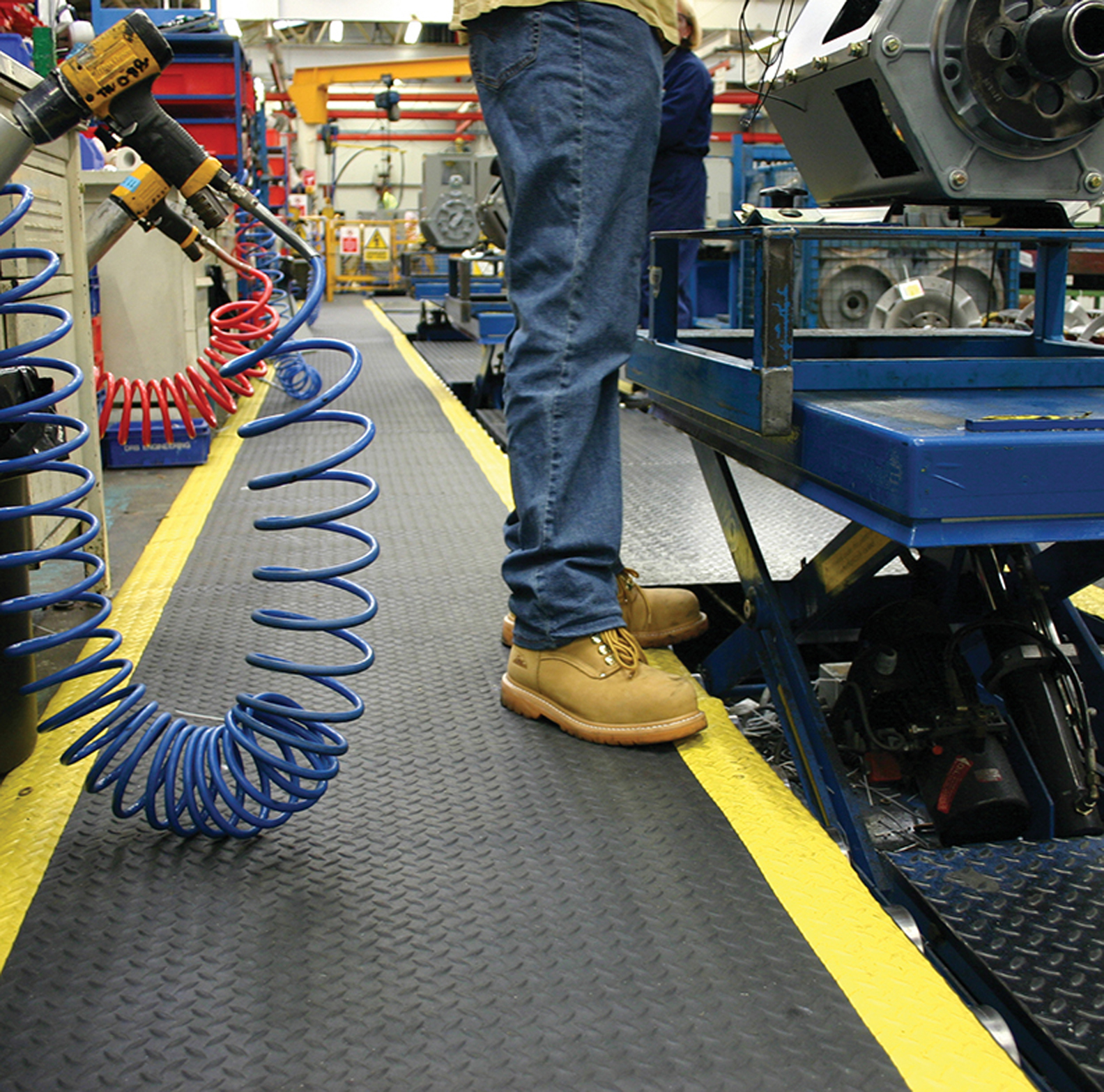 CUSTOM LENGTH ANTI-FATIGUE MATS NOW AVAILABLE FROM FIRST MATS